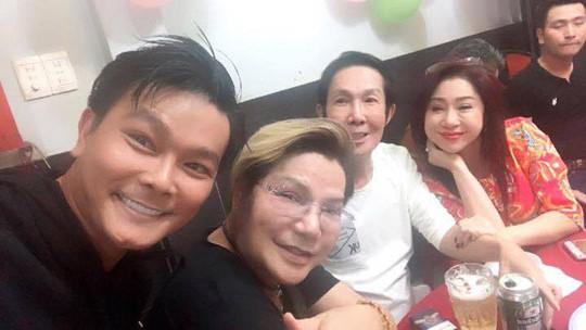 Sinh nhật 59 tuổi, NSƯT Vũ Linh xúc động trước tình cảm của đàn em - Ảnh 3.