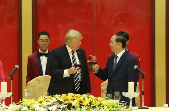 Tổng thống Donald Trump: Việt Nam là một trong những điều kỳ diệu của thế giới - Ảnh 4.