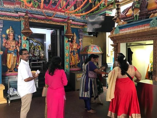 Khám phá hai ngôi đền Ấn Độ lớn tại Singapore - Ảnh 12.