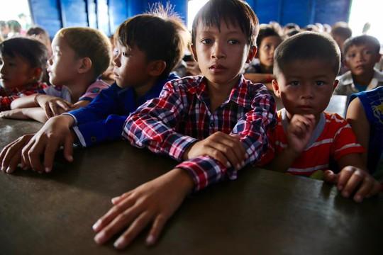 Cuộc sống cơ cực của Việt kiều tại Biển Hồ - Ảnh 4.