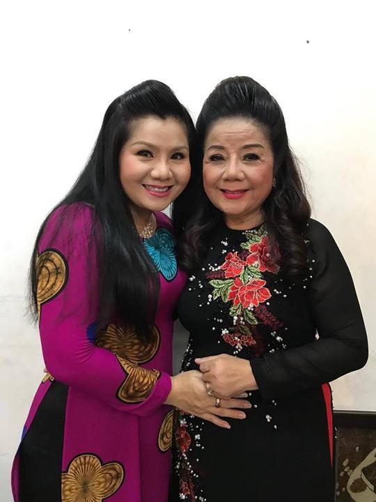 Ba chị em Thanh Hằng cứu giúp ba danh cầm nghèo khó - Ảnh 6.