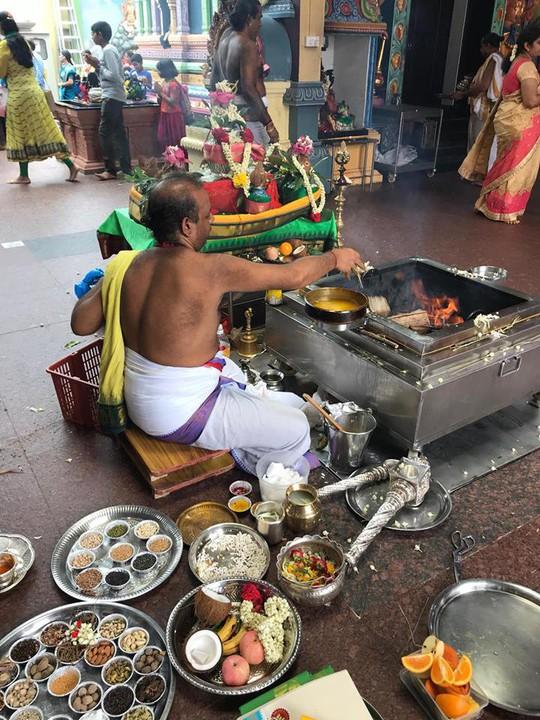 Khám phá hai ngôi đền Ấn Độ lớn tại Singapore - Ảnh 14.