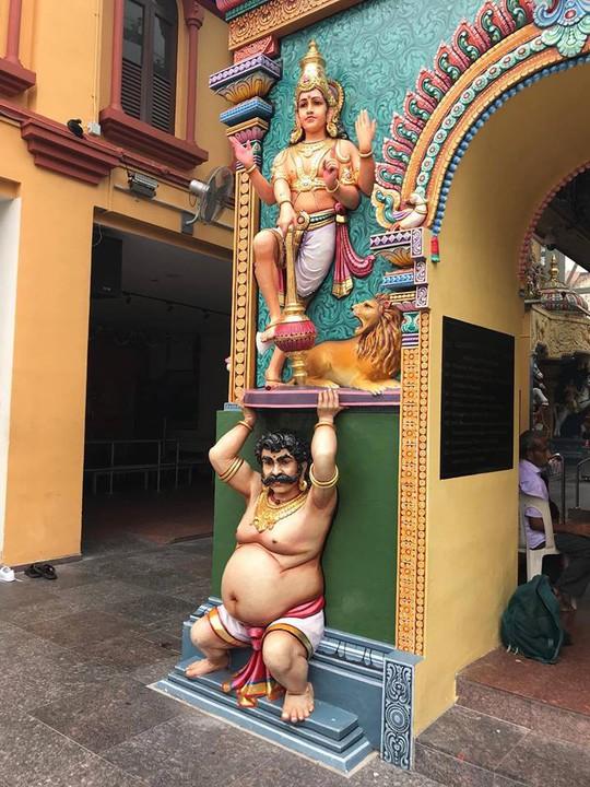 Khám phá hai ngôi đền Ấn Độ lớn tại Singapore - Ảnh 2.