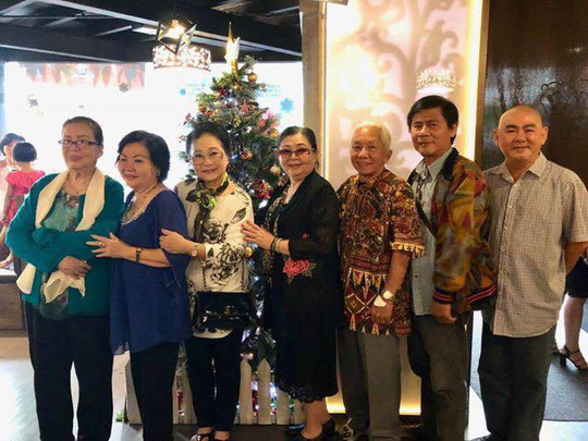 Sau bạo bệnh, NS Xuân Yến họp mặt gia tộc - Ảnh 4.