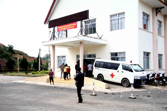 Lâm Đồng: Xe phục vụ du lịch tông cán bộ thuế tử vong - Ảnh 3.