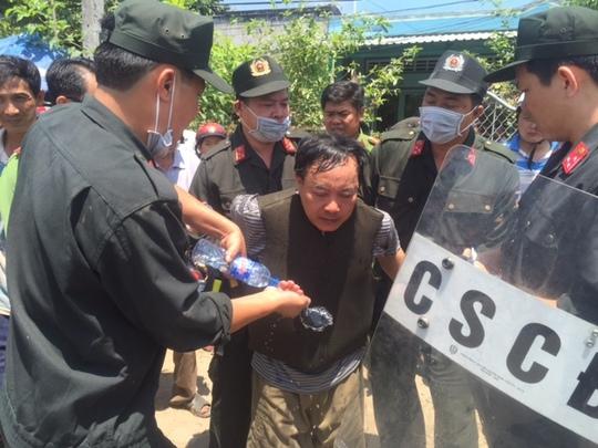 Đối tượng Trương Văn Ai bị công an bắt. Ảnh: Công an cung cấp