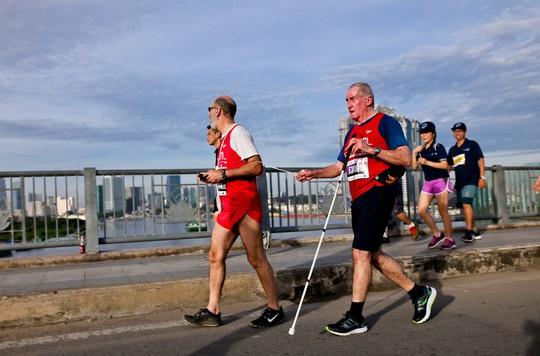 Những hình ảnh đẹp của ngày chạy đoàn kết - Ảnh 7.