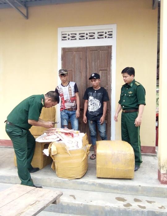 Phát hiện 300 kg gân chân gà không rõ nguồn gốc tuồn vào Việt Nam