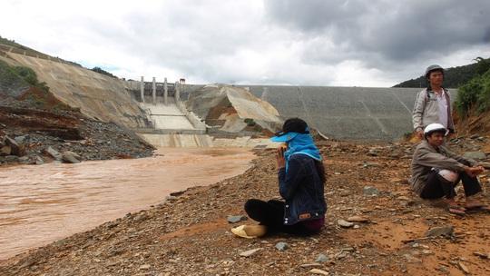 Chưa rõ nguyên nhân sự cố 2 người chết ở thủy điện Sông Bung 2 - Ảnh 2.