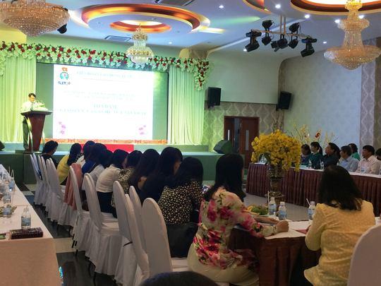LĐLĐ Nha Trang tổ chức toạ đàm và triển khai nhiệm vụ nữ công 2017