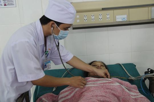 Bệnh nhân Phan Thị Thu Thủy đã qua cơn nguy kịch, hiện đang được chăm sóc, điều trị tại Bệnh viện Đa khoa tỉnh Quảng Trị