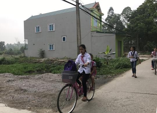 Học sinh xã Đồng Tâm, huyện Mỹ Đức, Hà Nội đã trở lại trường học bình thường Ảnh: Văn Duẩn