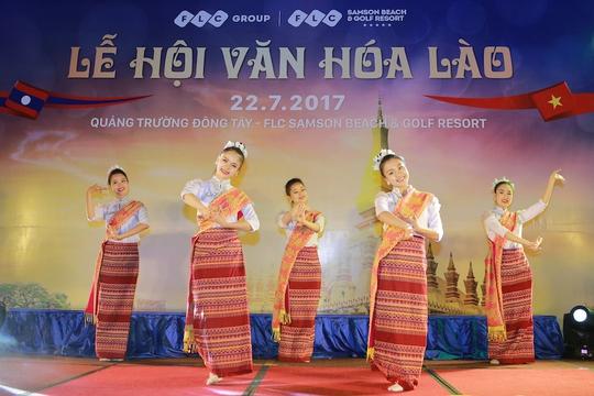 Lễ hội văn hóa Lào tại FLC Sầm Sơn thu hút 2.000 khách - Ảnh 2.