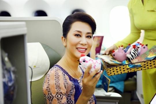 Trung thu ấm áp trên những chuyến bay của Vietnam Airlines - Ảnh 5.