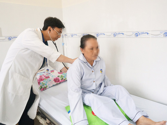 Suýt đột tử vì tự uống thuốc trị huyết áp - Ảnh 2.