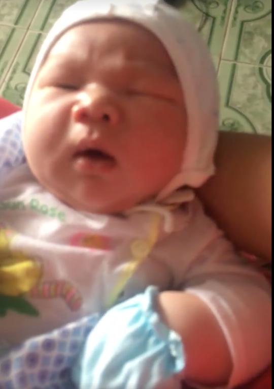 Kỷ lục: Bé trai sơ sinh nặng 7,1 kg ở Vĩnh Phúc - Ảnh 2.
