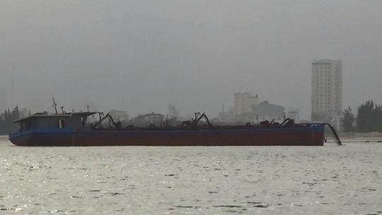 Công an xác định có 5 tàu của Công ty Thành Đô trộm cát Cửa Đại