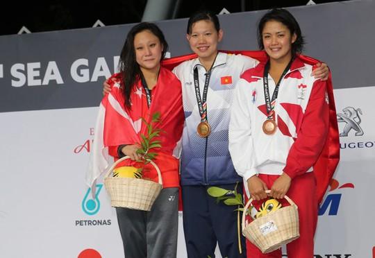 SEA Games ngày 25-8: Kình ngư 15 tuổi Kim Sơn tạo 2 cú sốc - Ảnh 22.