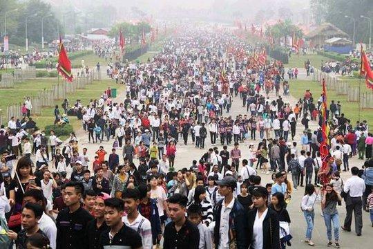 Chủ tịch nước Trần Đại Quang dâng hương tưởng nhớ Hùng Vương