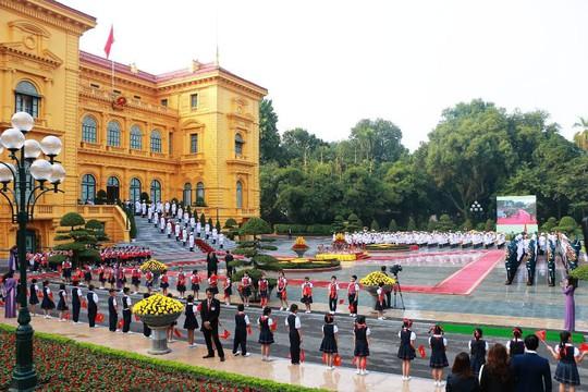 Bắn 21 loạt đại bác chào mừng Tổng Bí thư, Chủ tịch Tập Cận Bình - Ảnh 5.