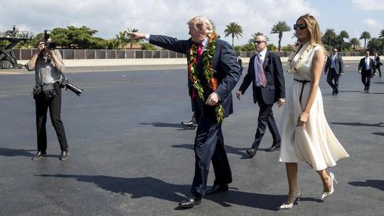 Ông Donald Trump đến Hawaii, hướng tới 13 ngày ở châu Á - Ảnh 6.