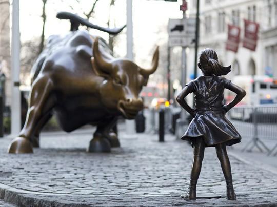 Nó khiến cho nghệ sĩ điêu khắc tạo ra tượng con bò tót không vui