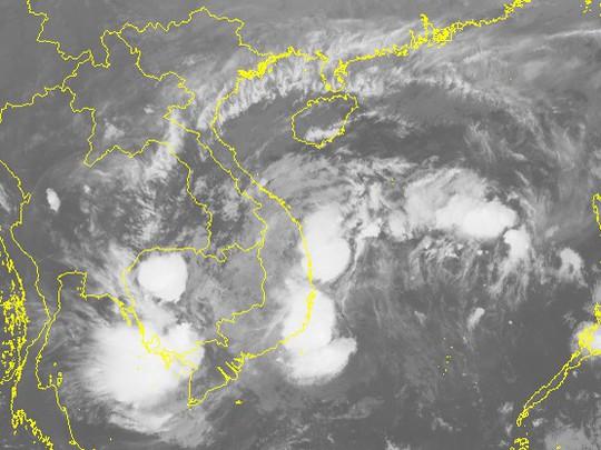 Bão số 14 suy yếu thành áp thấp nhiệt đới, cảnh báo mưa lớn - Ảnh 2.