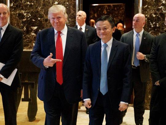 Tổng thống đắc cử Donald Trump và tỉ phú Jack Ma. Ảnh: AP