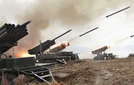 Một cuộc diễn tập của pháo binh Triều Tiên Ảnh: KCNA