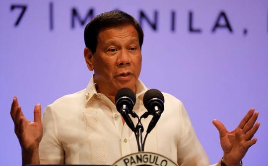 Hội nghị Cấp cao ASEAN lần thứ 30 kết thúc hôm 29-4 nhưng 1 ngày sau, Tổng thống Philippines Rodrigo Duterte mới công bố tuyên bố chung. Ảnh: REUTERS