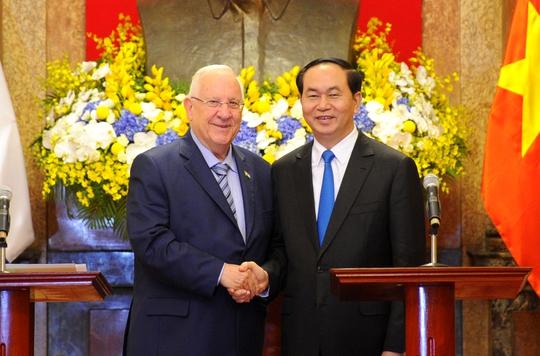Chủ tịch nước Trần Đại Quang và Tổng thống Israel Reuven Ruvi Rivlin họp báo chung tại Hà Nội ngày 20-3