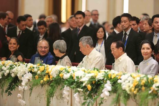 Những hình ảnh ấn tượng tại tiệc chiêu đãi các nhà lãnh đạo APEC - Ảnh 2.