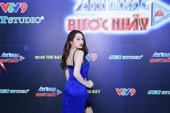 Phương Thanh lần đầu làm minishow trên sóng truyền hình - Ảnh 2.