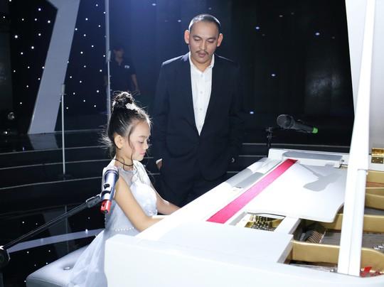 Nhạc sĩ Yên Lam lần đầu tiên song ca cùng con gái Bào Ngư - Ảnh 1.