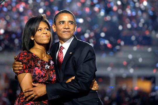 Ông Obama và vợ tại Đại hội đảng Dân chủ năm 2008. Ảnh: