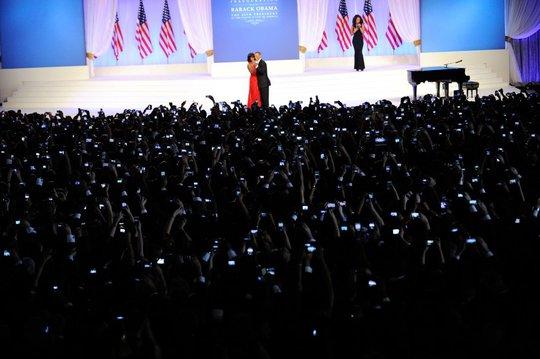 Ông bà Obama khiêu vũ trong đêm dạ tiệc nhân lễ nhậm chức ngày 21-1-2013. Ảnh: Lawrence Jackson—The White House