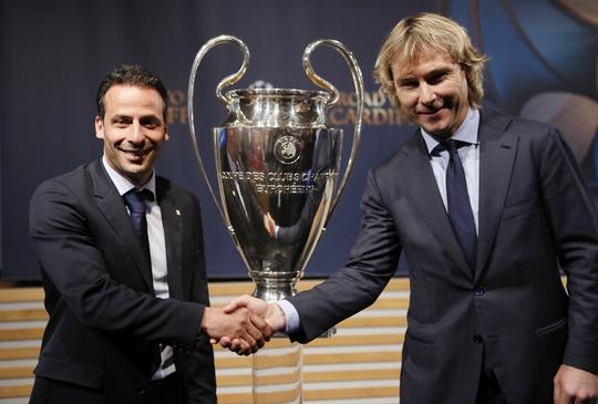 Đại diện của Juventus và Monaco bắt tay trước 2 trận bán kết hứa hẹn cực kỳ hấp dẫn