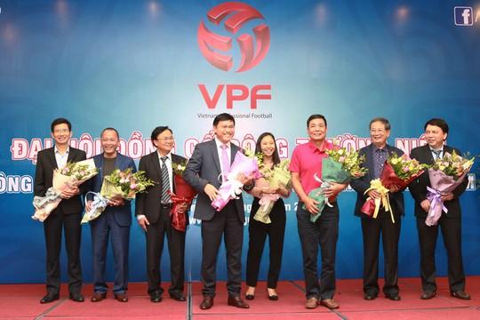 Bầu Thắng rút lui, bầu Tú làm chủ tịch VPF - Ảnh 2.