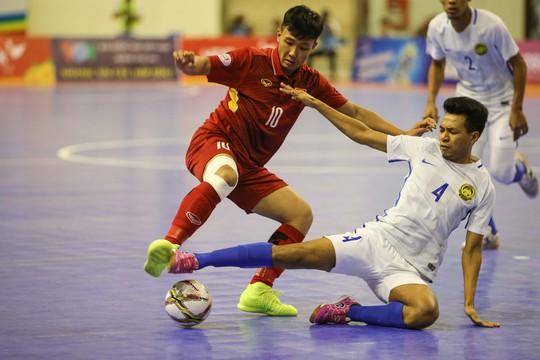 Thua sốc futsal Malaysia, Việt Nam dừng bước tại bán kết - Ảnh 2.