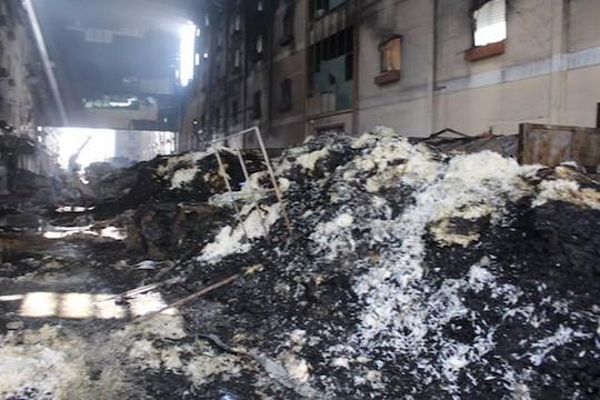 Đám cháy cực lớn tại Cần Thơ đã được khống chế hoàn toàn