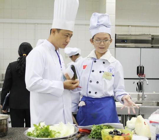 Nghề bếp đã trở thành một nghề hiện đại, được xã hội tôn vinh
