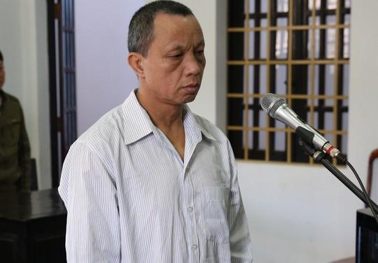 20 năm tù cho bảo vệ trường hiếp dâm, dâm ô 6 học sinh tiểu học - Ảnh 1.