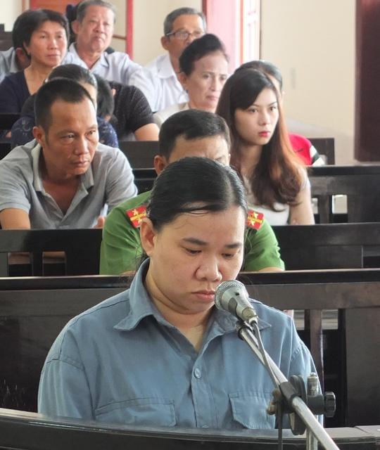 Bị cáo Phạm Thị Diễm Thúy tại tòa