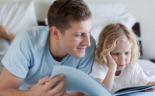 Muốn con cái ngoan, cha mẹ phải gương mẫu - Ảnh 1.