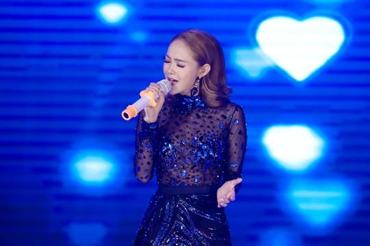 Đàm Vĩnh Hưng, Minh Hằng, Ngô Kiến Huy đốt cháy live show 9 Mai Vàng kết nối - Ảnh 6.