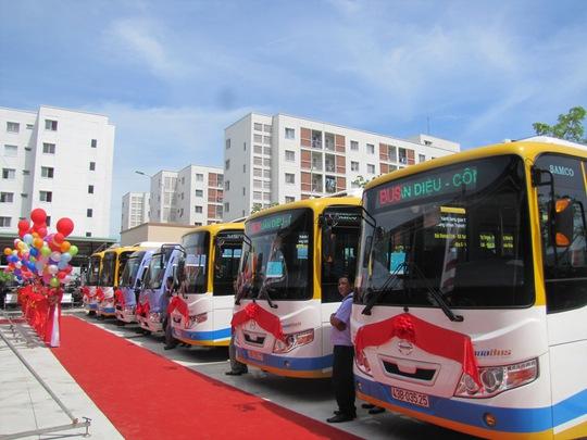 Đà Nẵng:  Khai trương tuyến buýt TMF miễn phí vé  một năm - Ảnh 2.