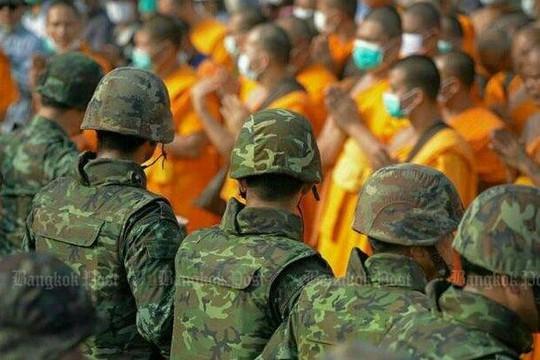 Căng thẳng xung quanh ngôi chùa Wat Phra Dhammakaya đang tăng cao. Ảnh: Wassana Nanuam