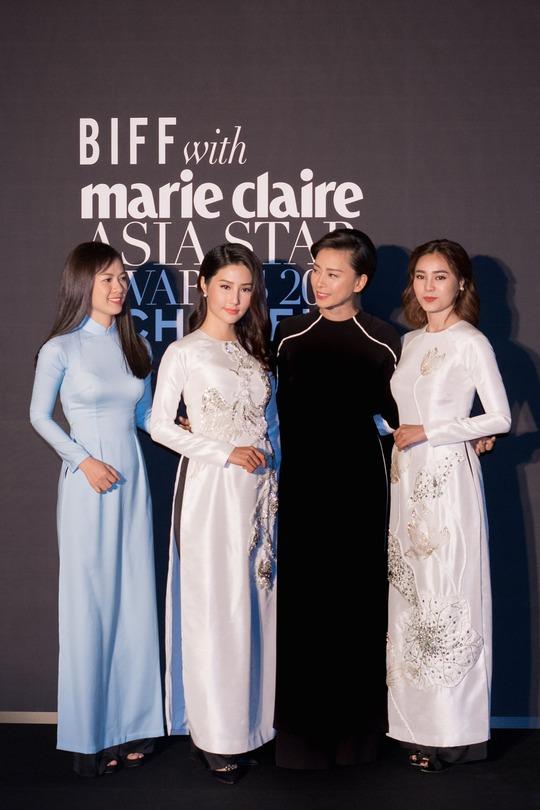 Ninh Dương Lan Ngọc nhận giải thưởng tại Hàn Quốc - Ảnh 2.