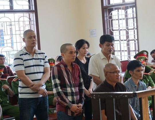 Thụ án giết người, ông trùm Tuấn Lay vẫn buôn 294 bánh heroin - Ảnh 1.
