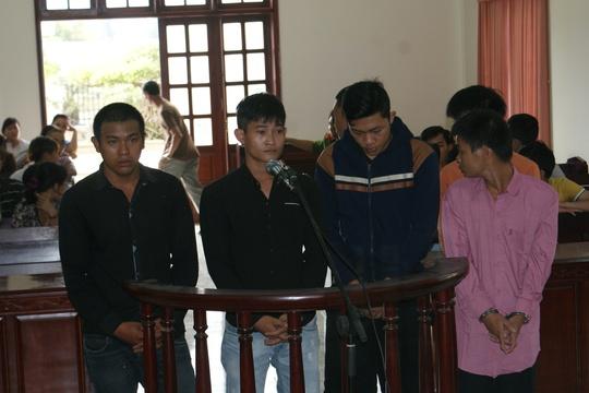 Các bị cáo tại phiên tòa sơ thẩm